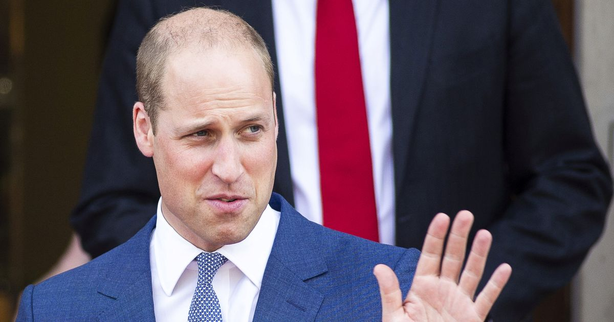 'Magic' playing card signed by Prince William up for sale