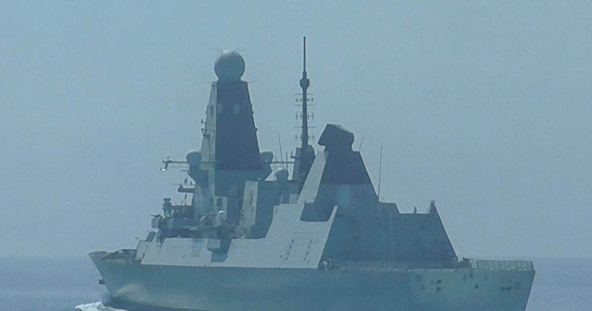 'Polite' Russia asked Royal Navy to 'please' retreat six times before 'shooting'