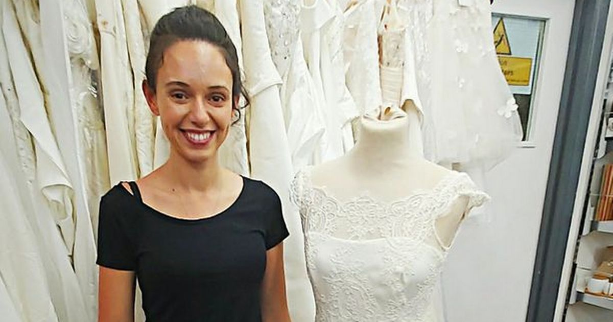 Bride finds touching note in wedding dress bought from charity shop