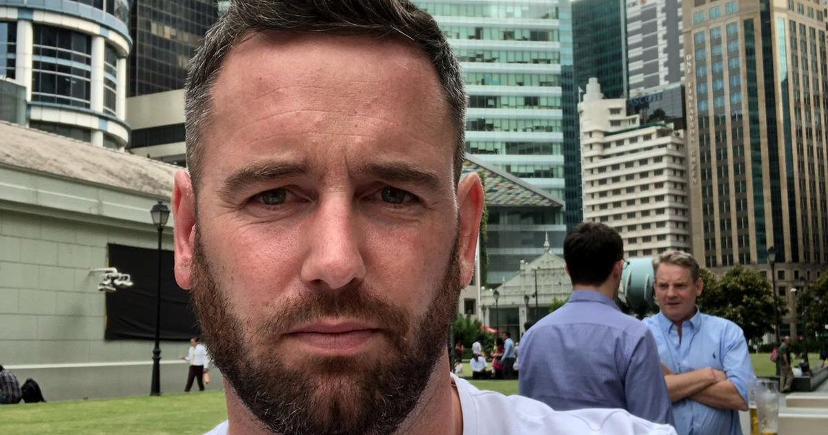 Brit dad faces prison in Singapore for riding train with no face mask