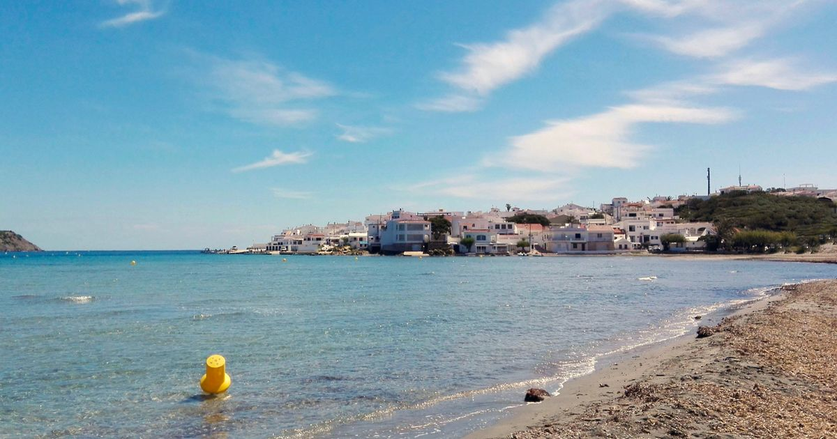 Brit dies after hitting head on rock while coming out of sea in Spain