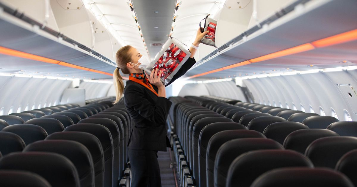 EasyJet add extra flights to bring UK holidaymakers back from Portugal