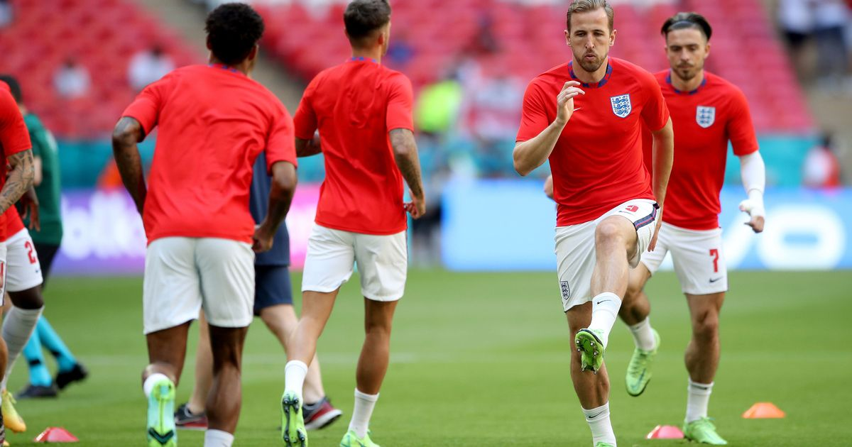 England qualify for Euro 2020 knockouts without playing final group game