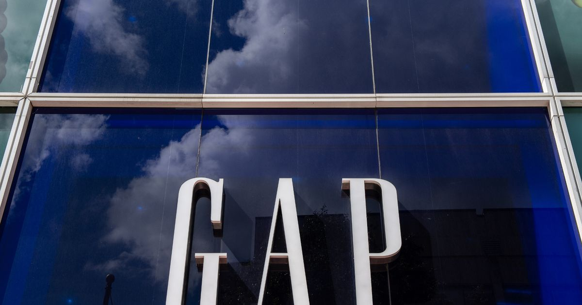 High street retailer Gap is to close all UK stores