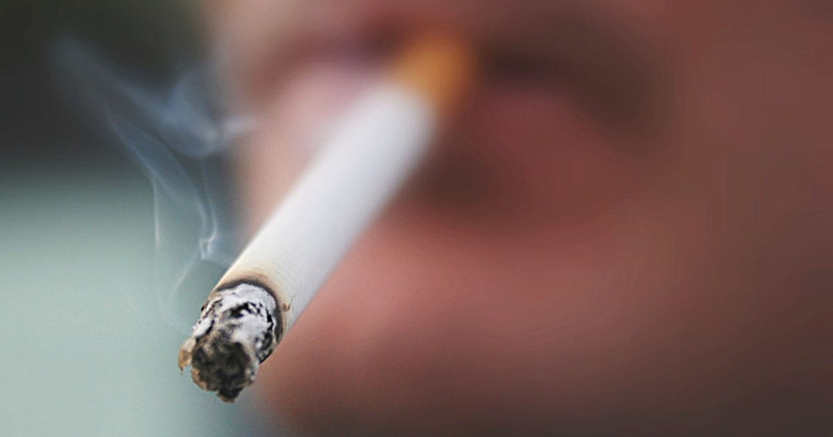 Majority of Brits say smoking and vaping should be banned in pub gardens