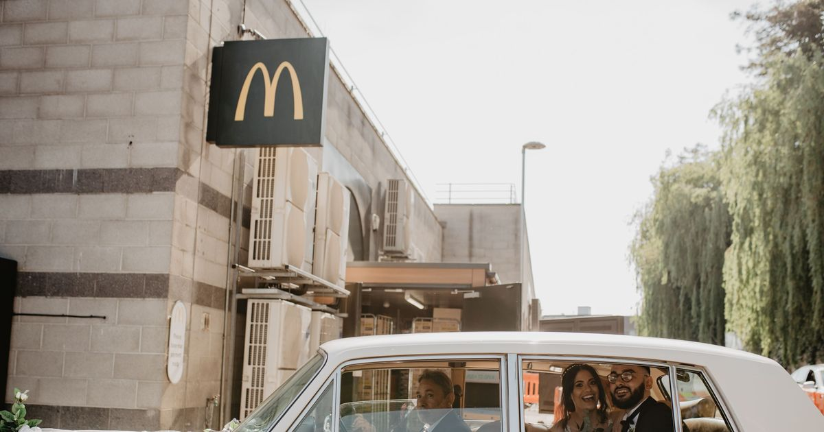 Newlyweds who fell in love on McDonald's dates enjoy drive-thru on big day
