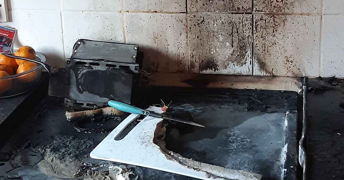 Parents warned after toddler starts house blaze by turning on hob