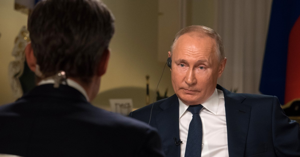 Putin dismisses charges of hacking and suppressing dissent by claiming U.S. does same thing