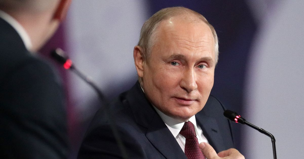 Putin refuses to rule out hijacking London flight and forcing it to Moscow