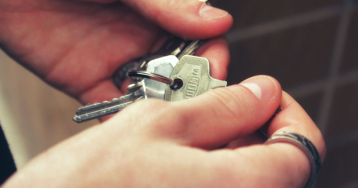 Third of people applying to rent face credit discrimination
