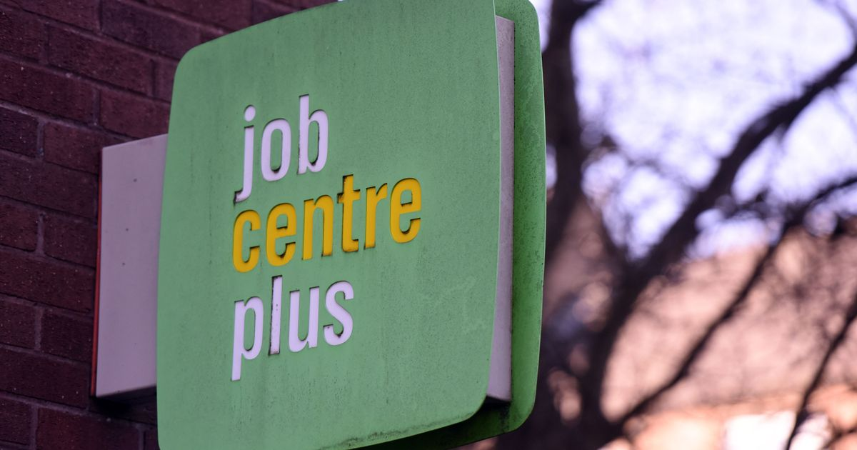 Universal Credit claimants locked out after massive Gov.uk outage