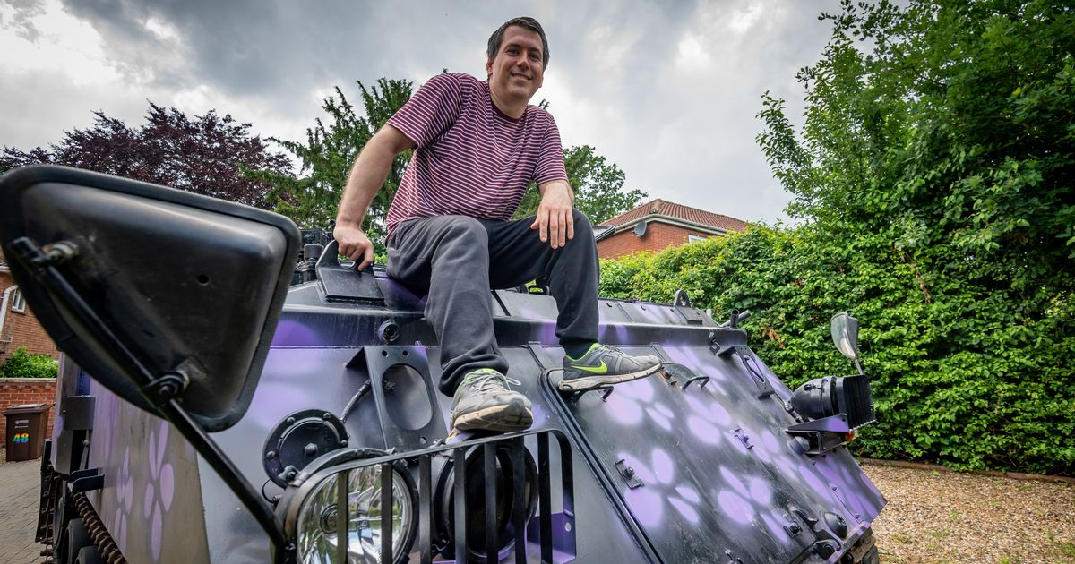 'It's pretty good with potholes' Dad launches tank taxi service