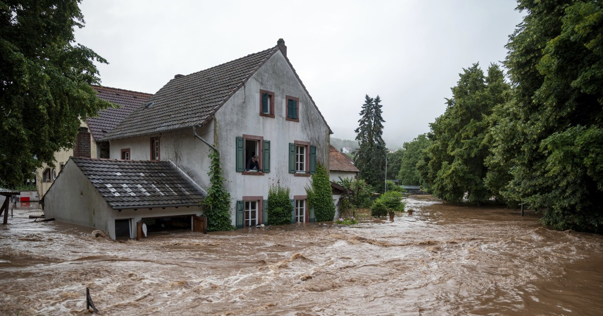 8 dead, dozens missing in Germany as houses collapse in floods