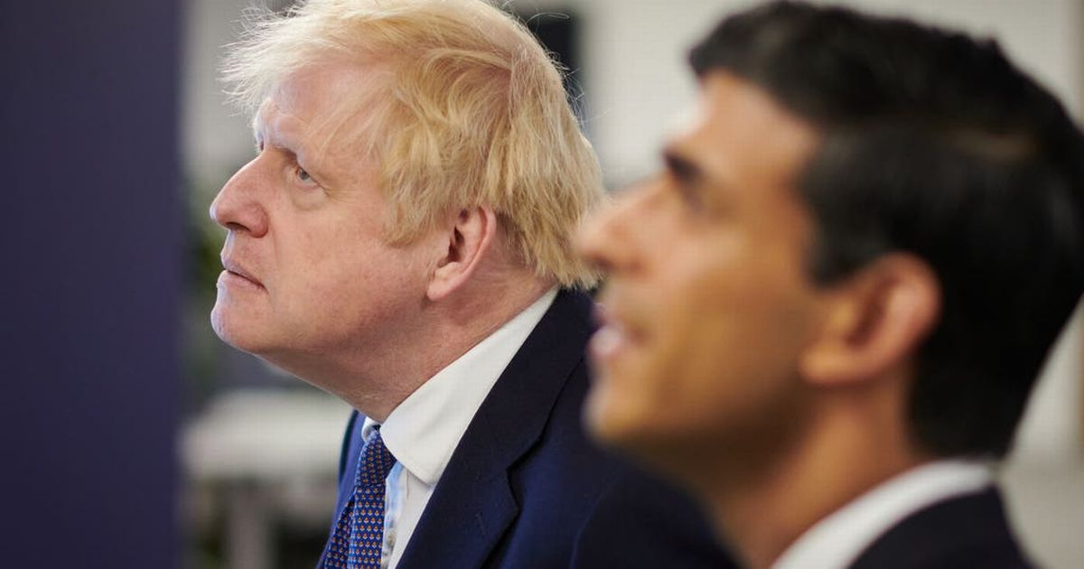 Anger as Boris and Rishi won't isolate after being pinged