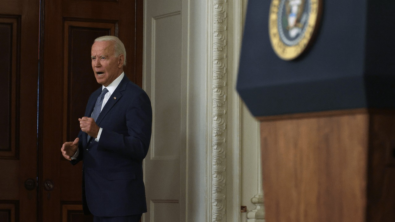 Biden delivers a warning to Putin over ransomware attacks