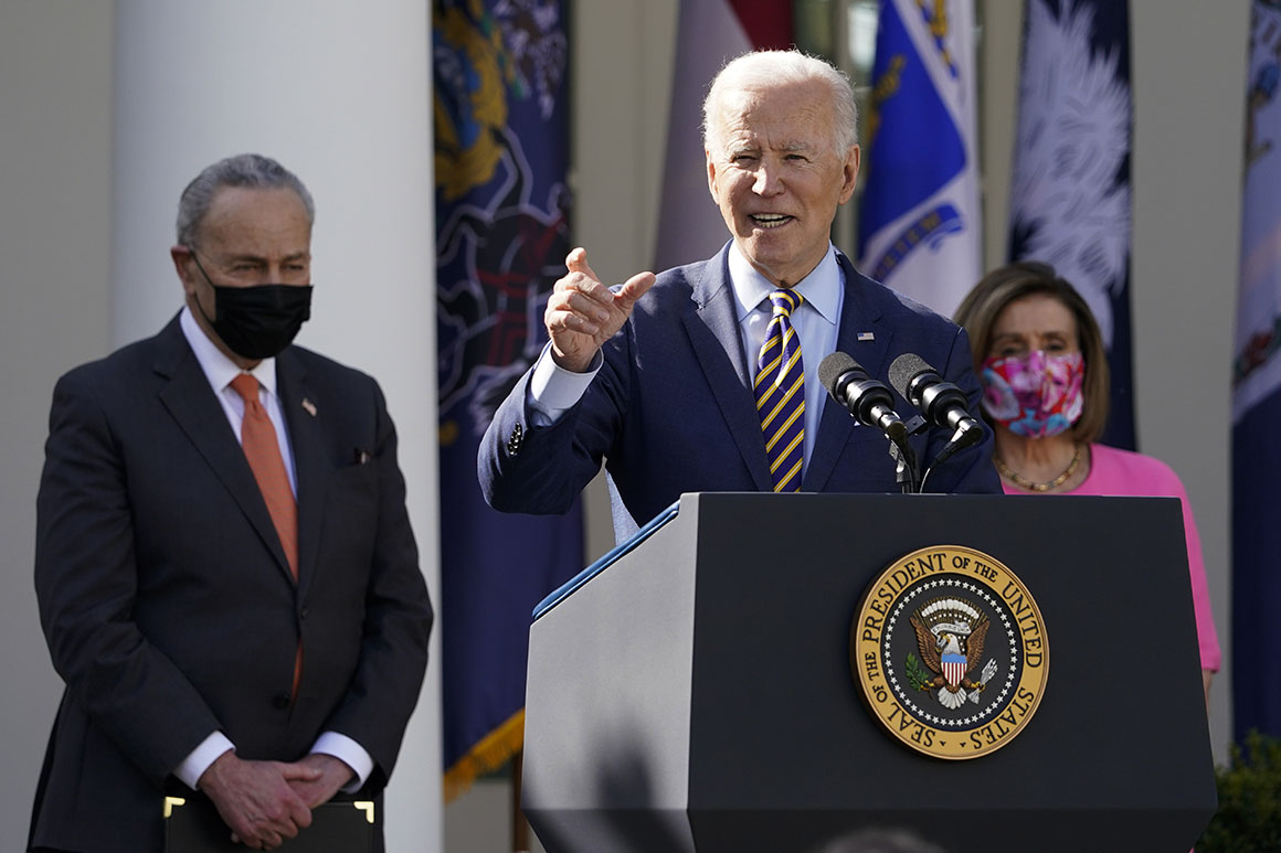 Biden moves to preempt House Dem blow-up over infrastructure deal