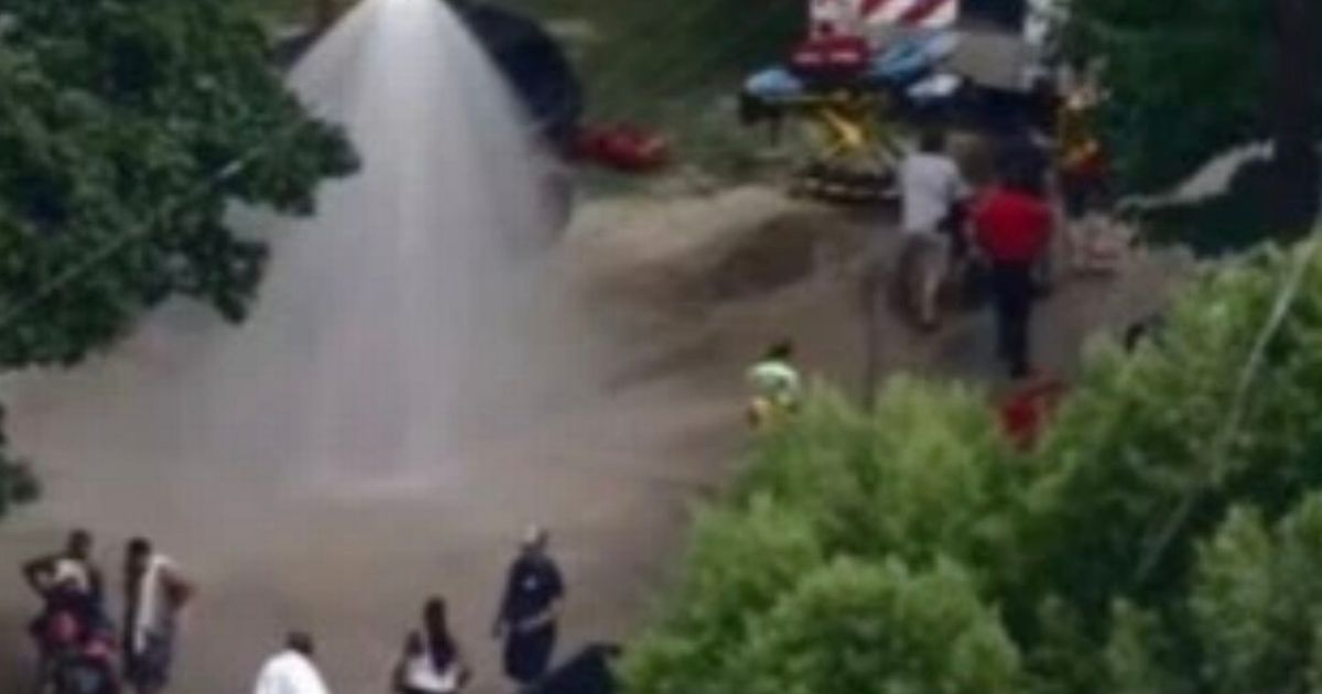 Chemical spill in Splashtown water park swimming pool sees 60 decontaminated