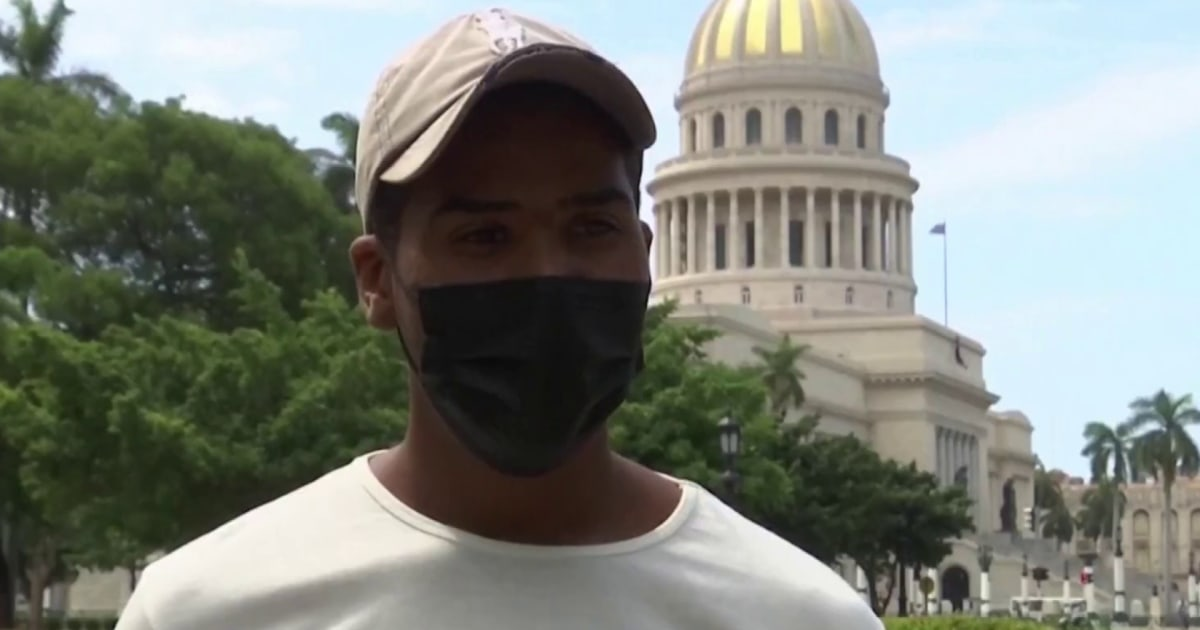 Cuban resident blames government for internet malfunctions