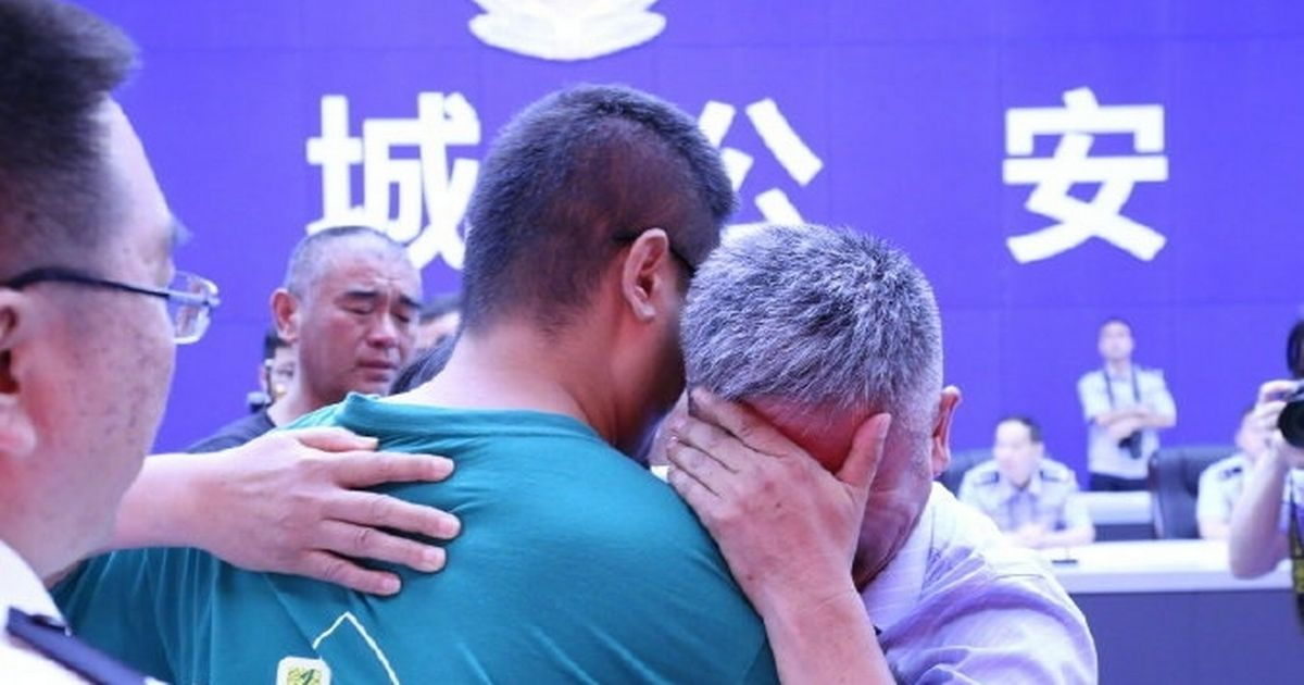 Dad tracks down long-lost son 24 years after he was grabbed by human traffickers
