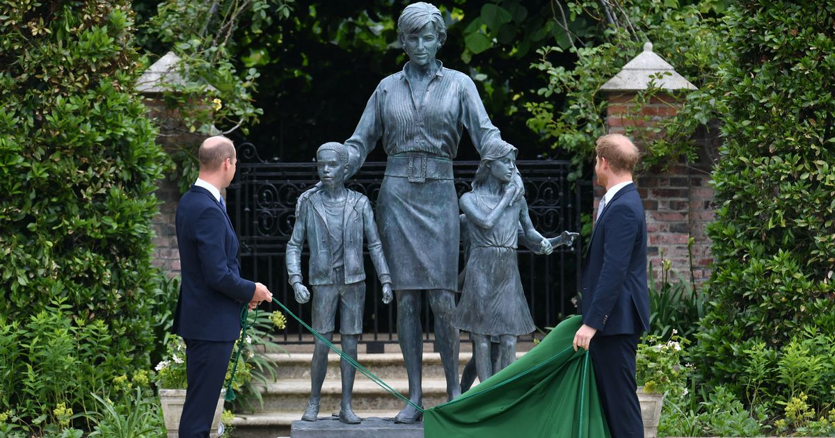 Harry told William 'we'll be OK' before unveiling of Diana statue