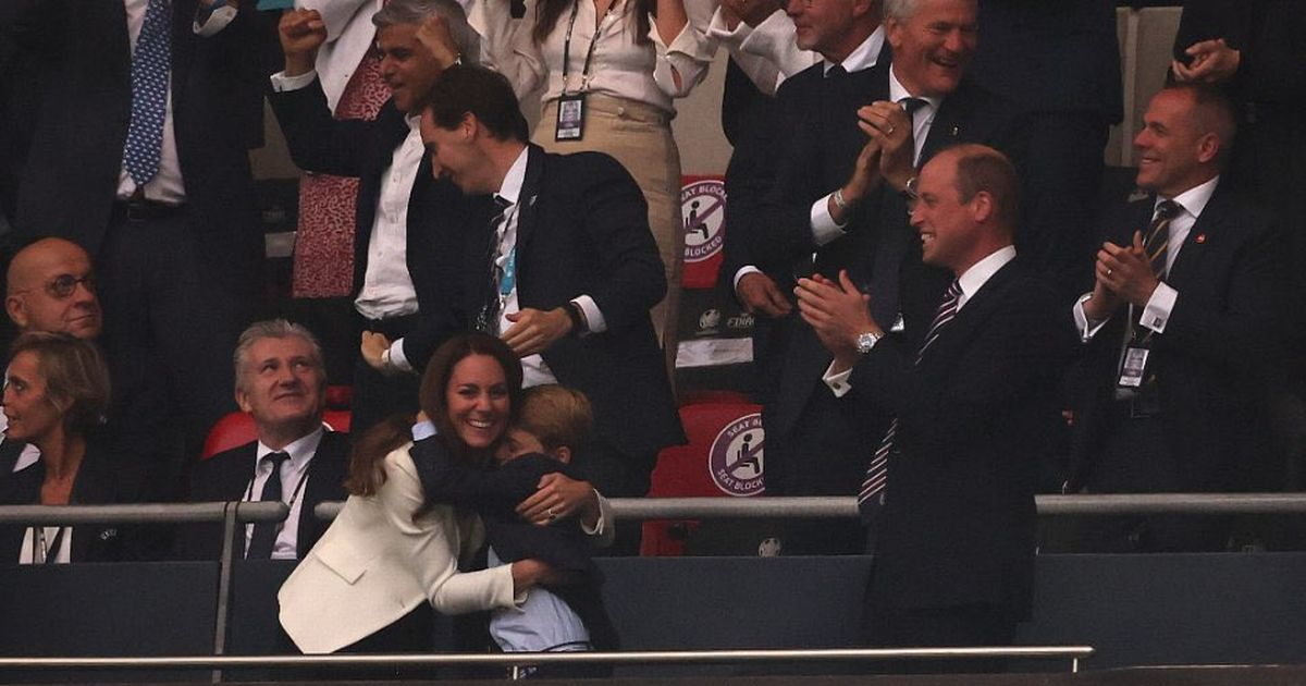 People spot lovely moment as Prince George cheers on England