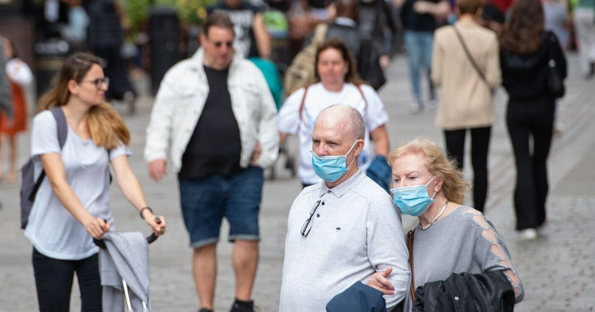 People told they're 'expected to wear face masks indoors' in advice U-turn