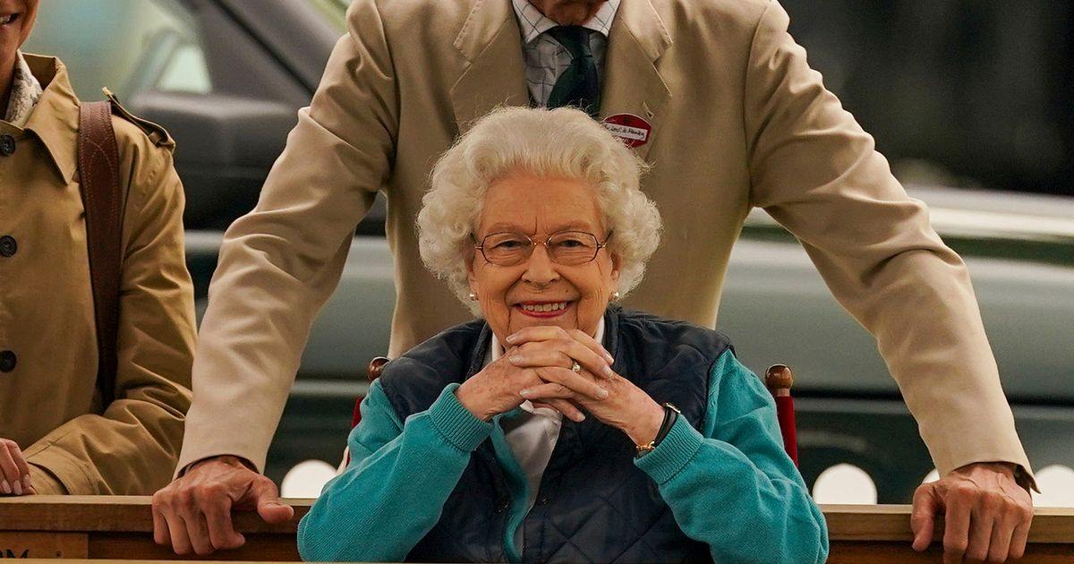 Queen full of smiles at  Royal Windsor Horse show