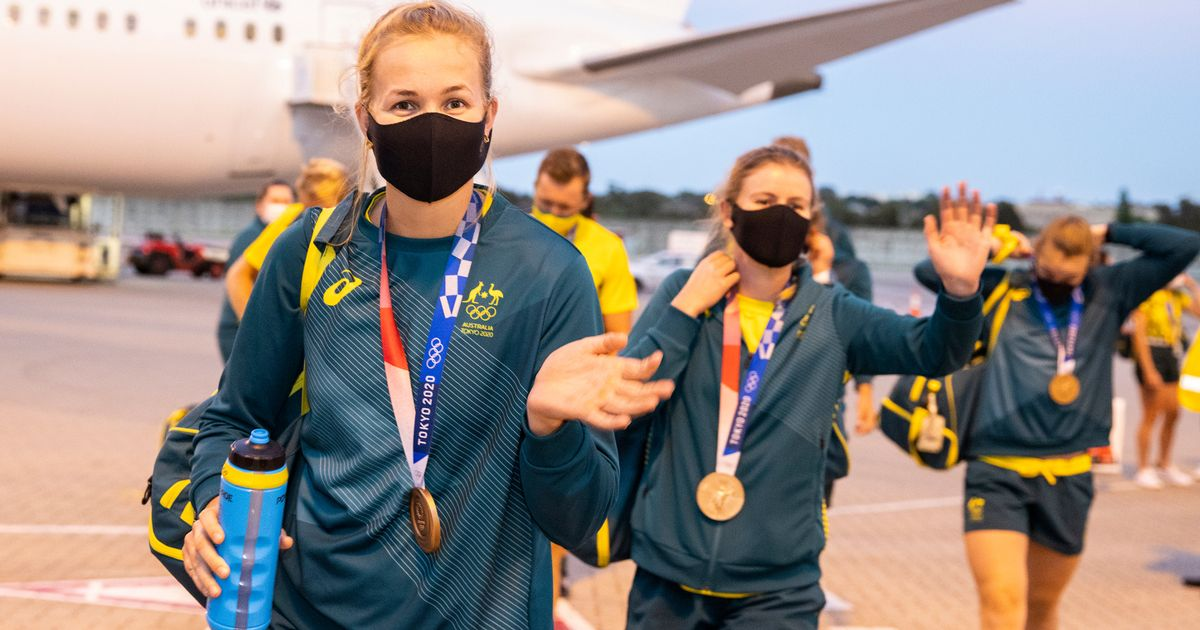 Australian Olympic heroes returning from Japan ordered to quarantine for 28 DAYS