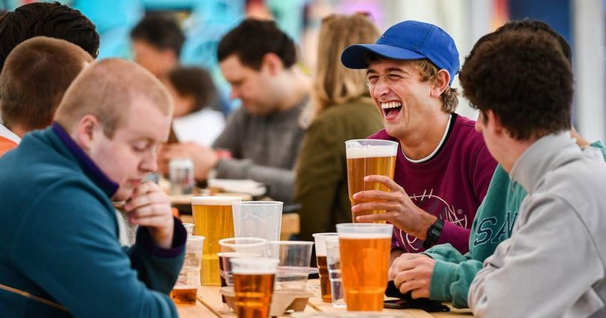 Beer sales to plummet by six million pints during bank holiday weekend, pubs fear