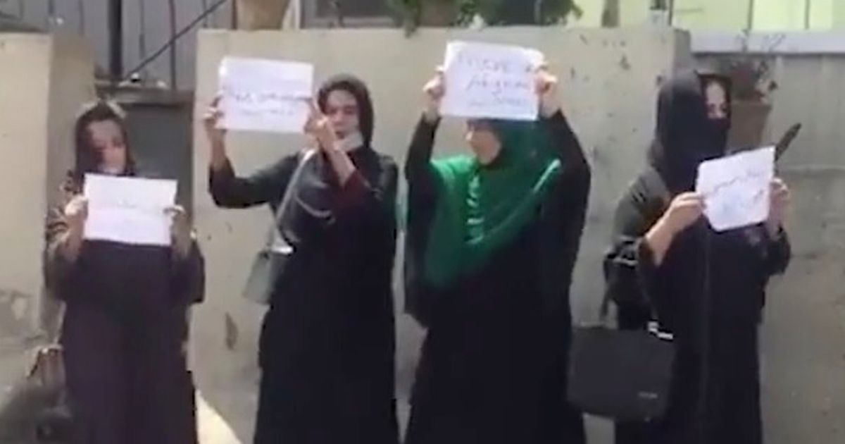 Brave Afghan women take to the streets to protest against the Taliban