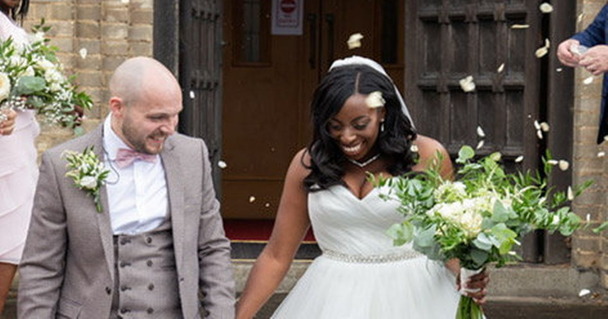 Bride hitchhiked to her wedding after vintage car broke down