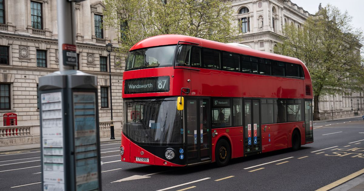 Channel 4 bus ad leaves Twitter seriously annoyed