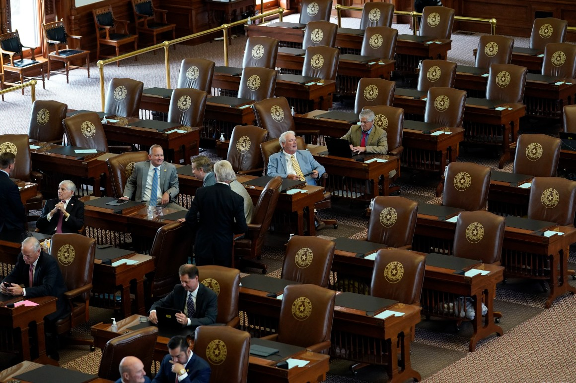 Dems fracture, and Texas state House regains quorum