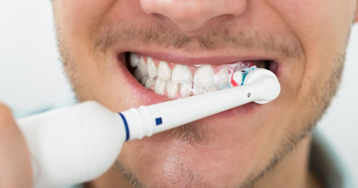Dentist issues warning to everyone over common mistake when brushing teeth in the morning