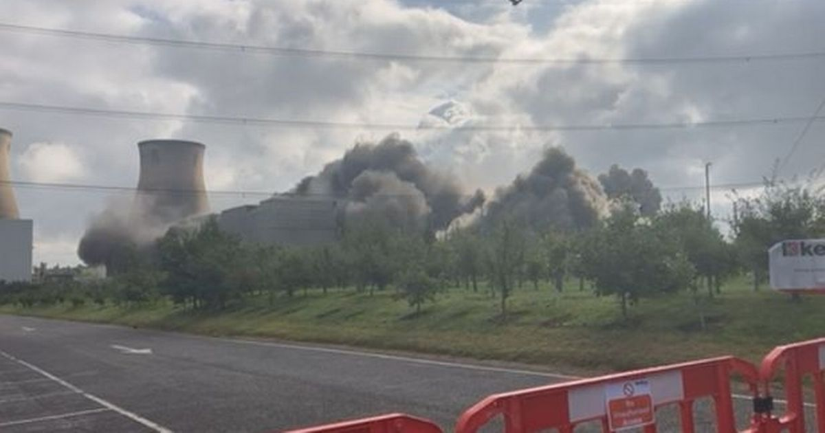 Dramatic footage shows Yorkshire power station destroyed in single blast