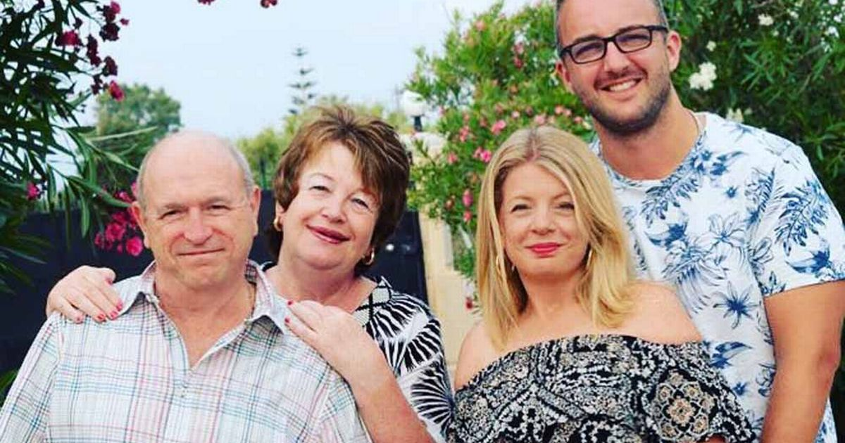 Family lost more than 14 stone between them after 'lightbulb moment'