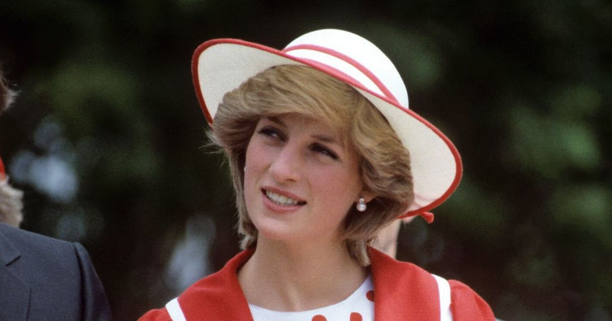 Fans remember Diana 24 years on from her death
