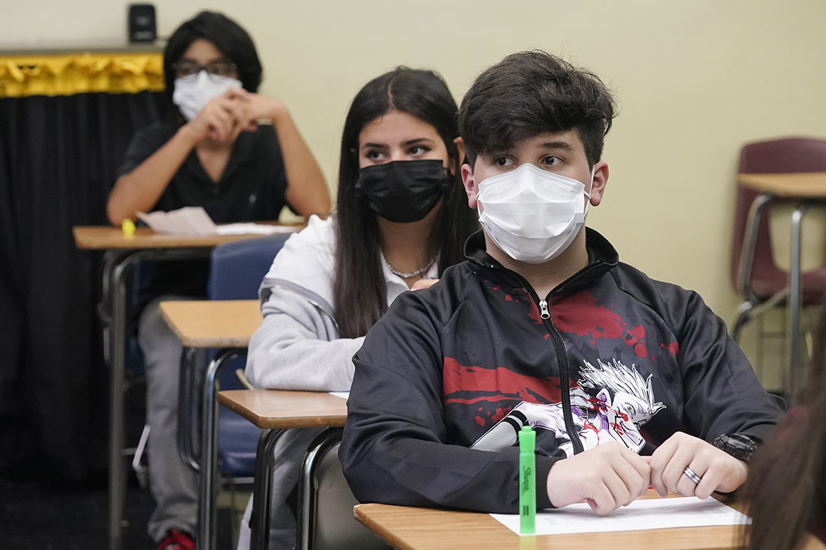 Florida defies judge and punishes 2 school districts over masks
