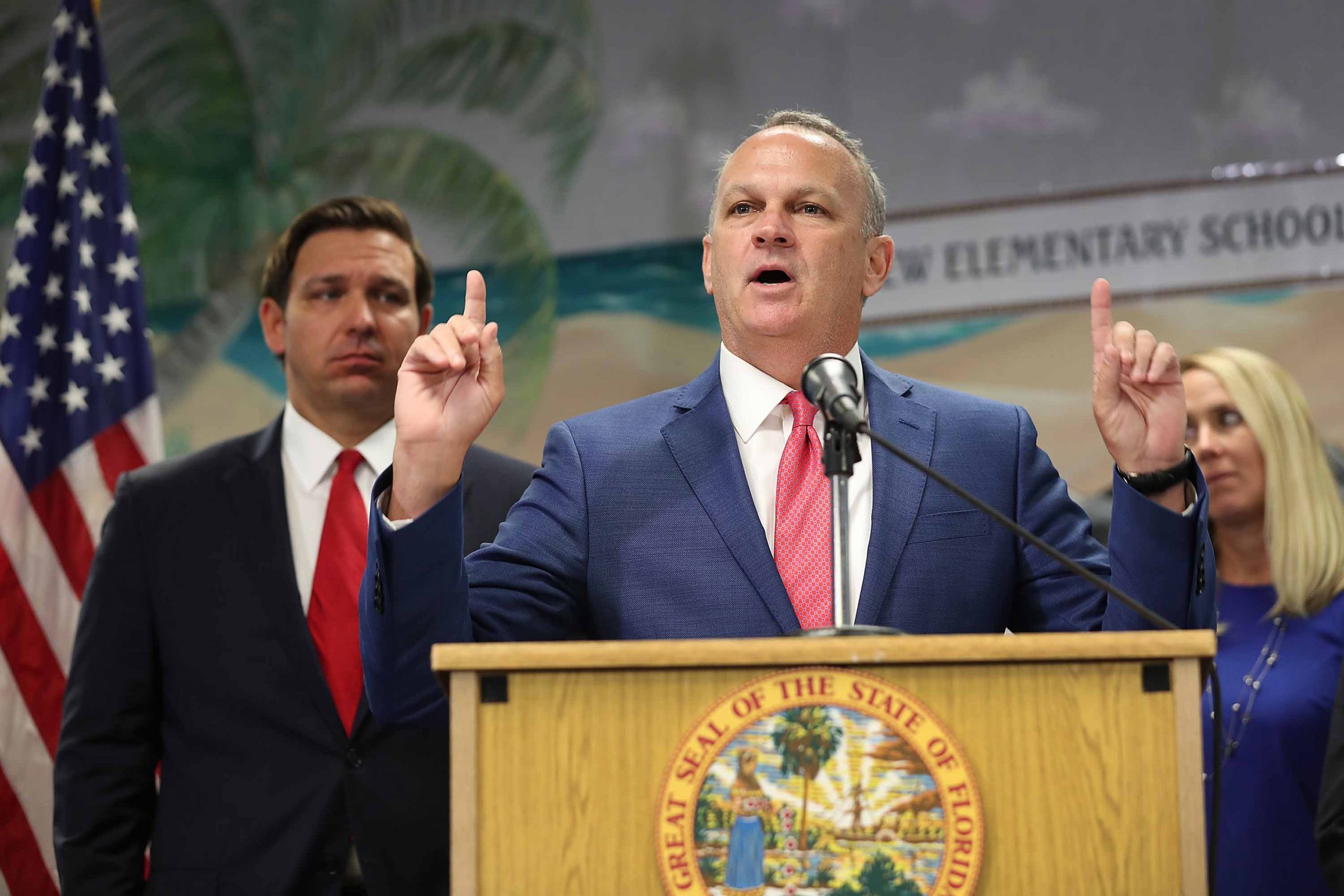 Florida threatens to remove school officials who disobey DeSantis