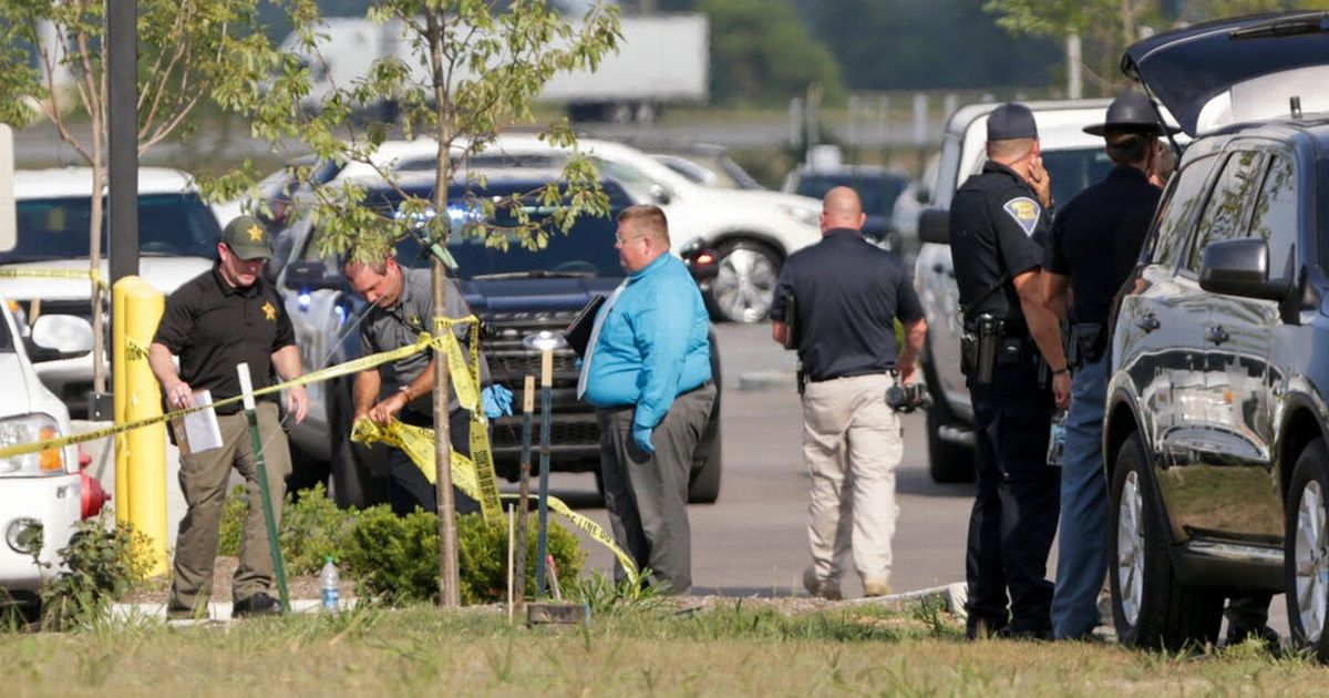 Indiana shooting: Gunman shoots woman and granddaughter dead outside factory