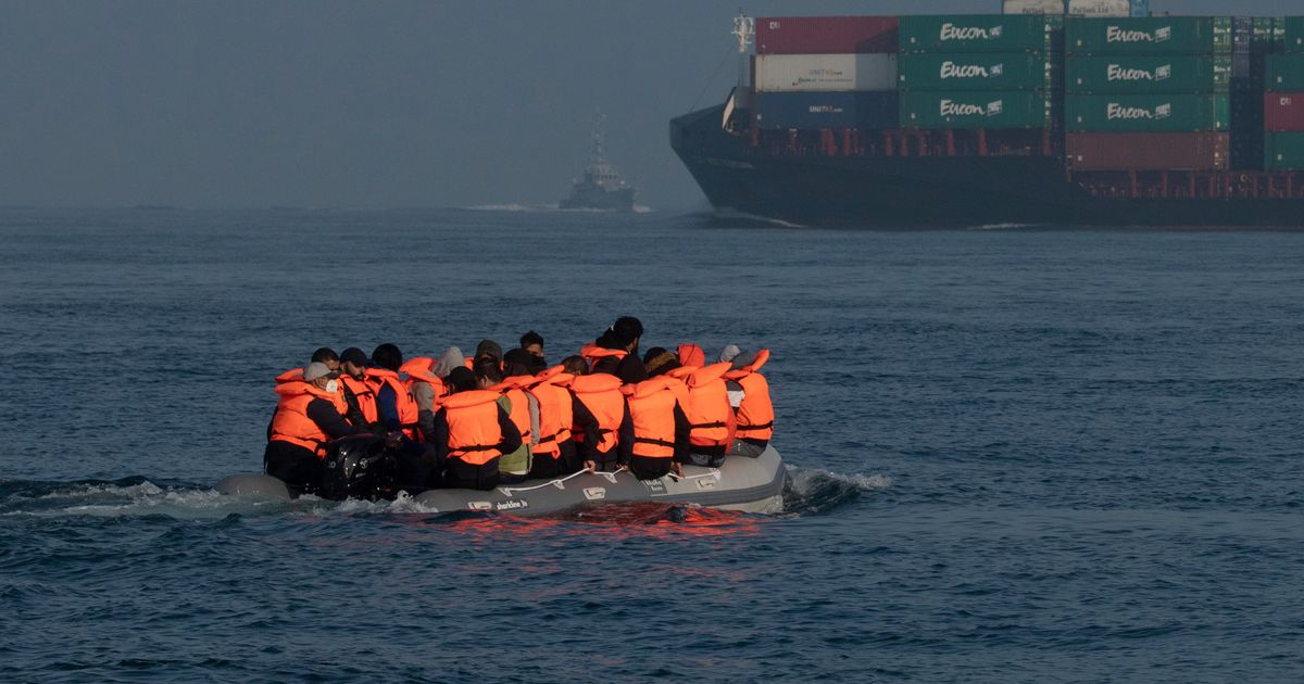 Rescue operation as refugee boat carrying 40 people in the English Channel starts sinking