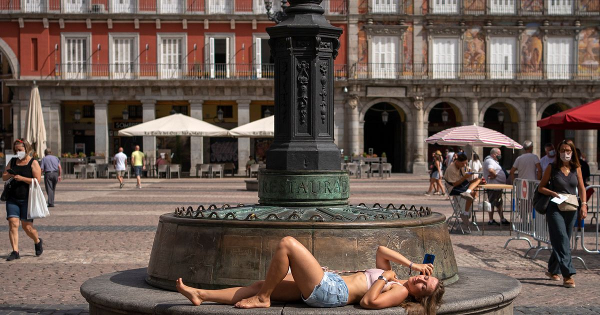Spain to gain brief respite from oven-like heat before temperatures soar again