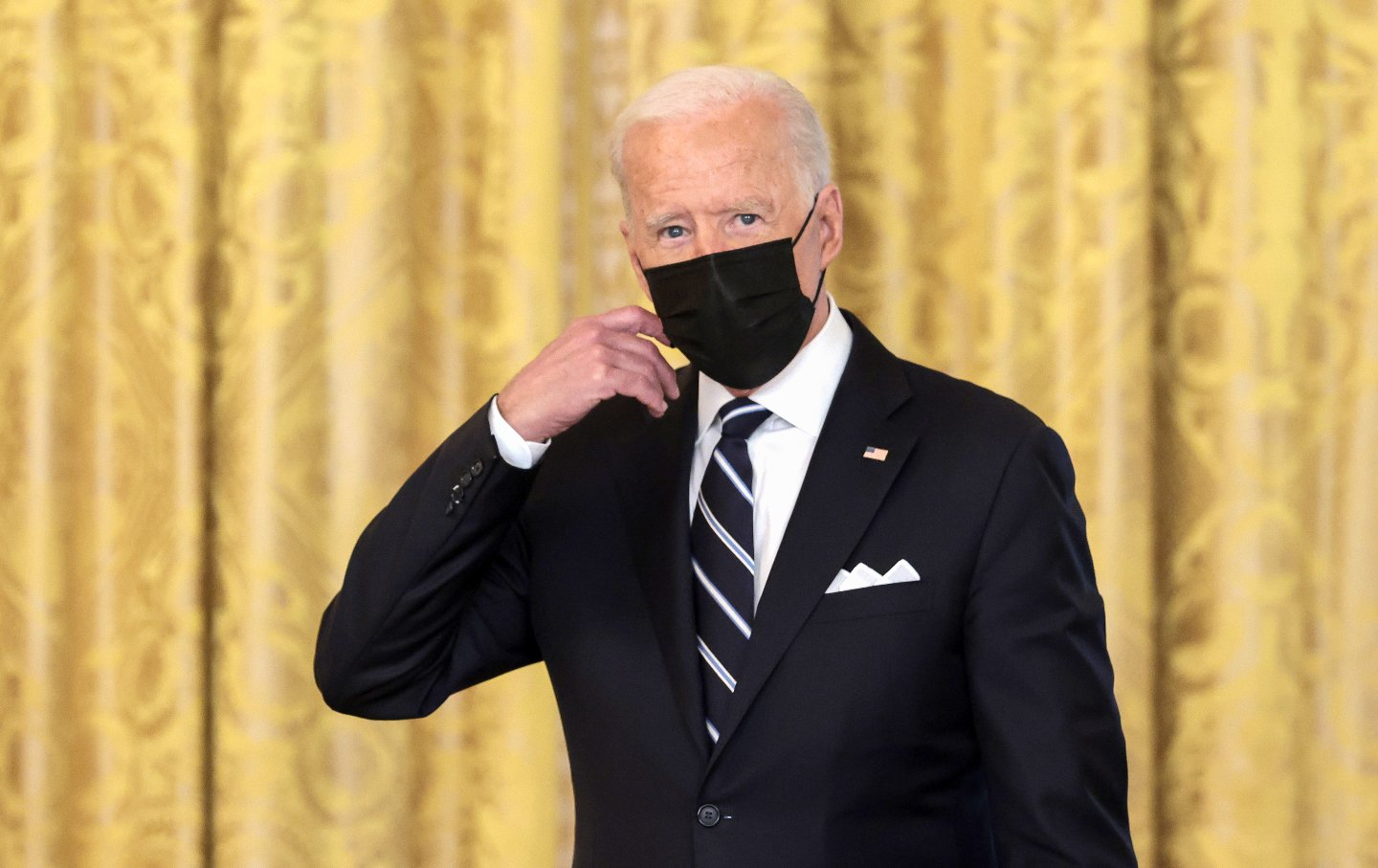 Sure, Biden's Better on Covid Than Trump. That's Not Good Enough.