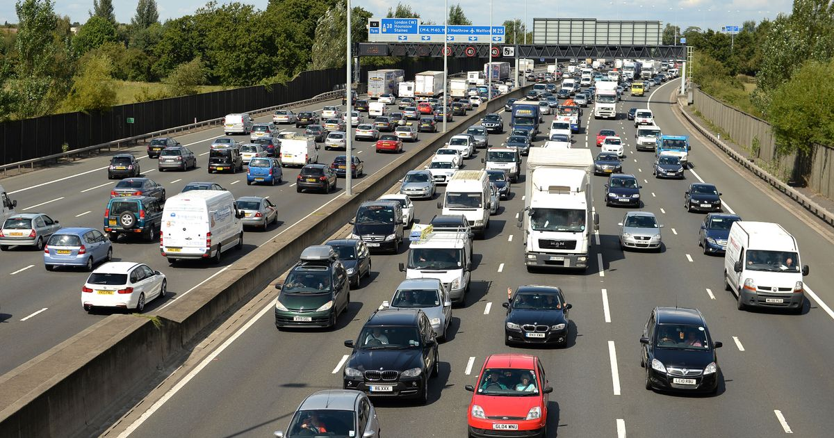 Traffic chaos as dry and bright bank holiday weekend begins