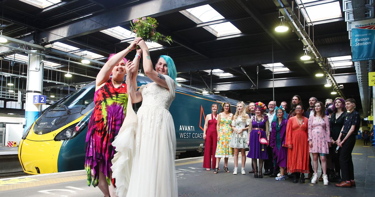 Train-mad couple enjoy dream wedding as they tie the knot aboard 100mph express