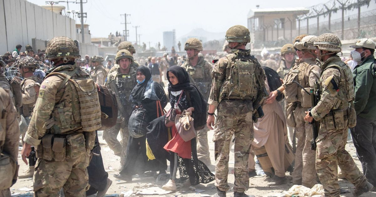 UK evacuation of civilians from Afghanistan 'will end TODAY' as final flights leave