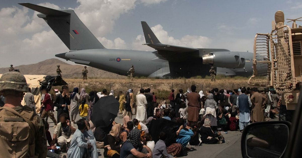 UK in race against time to evacuate Britons and Afghans