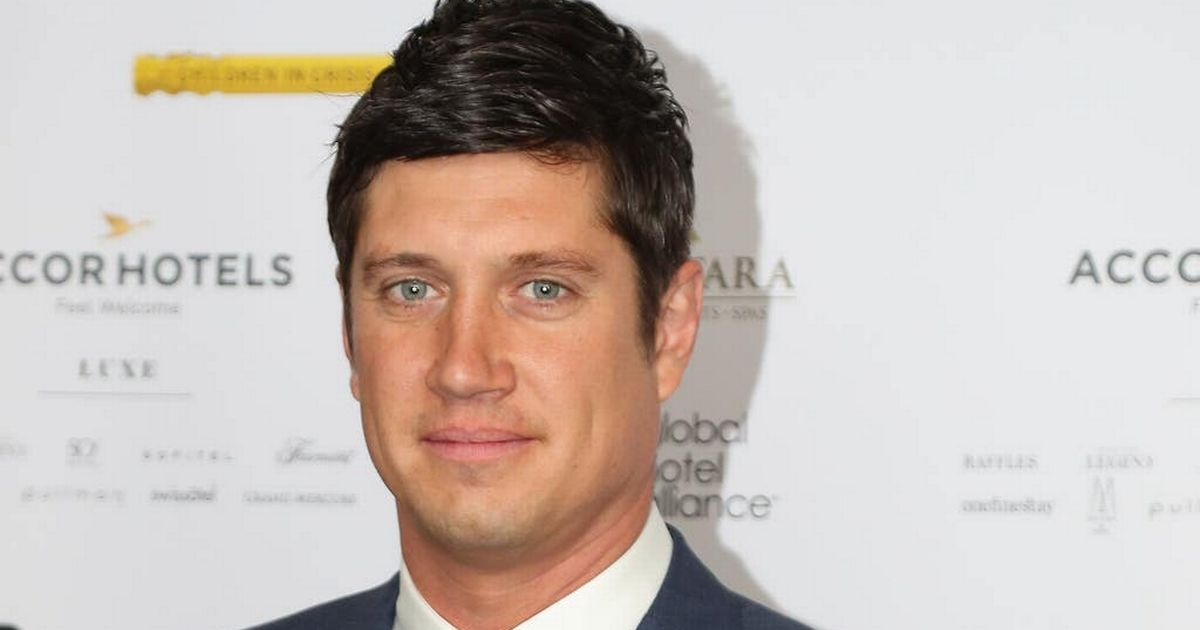 Vernon Kay to miss This Morning debut due to Covid with Eamonn Holmes taking the role instead