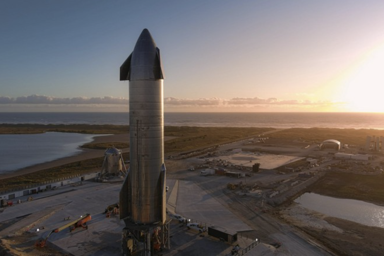 Elon Musk determined less of SpaceX's goals, but still controls the company 1