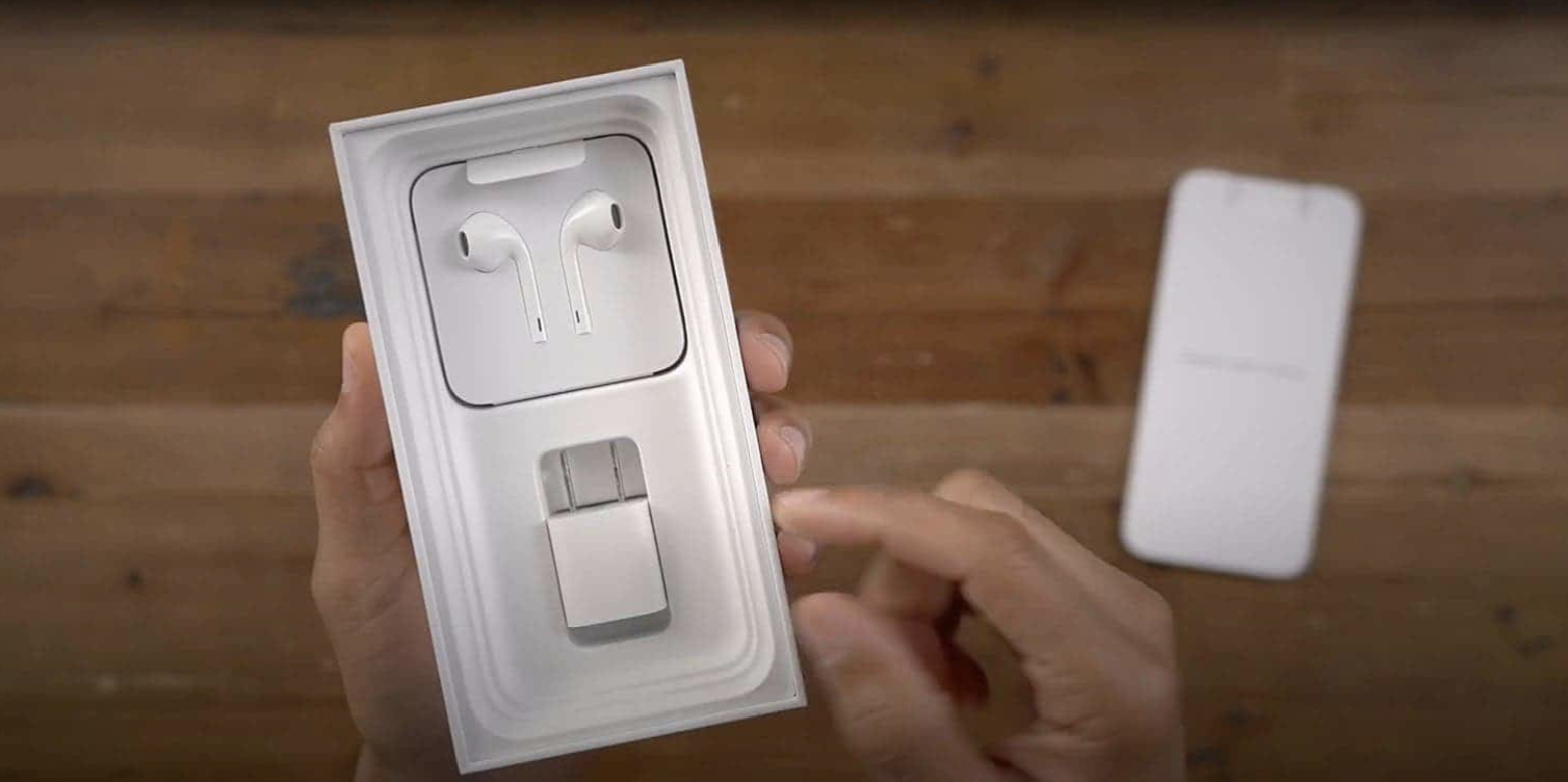Brazil to Impose Fine for iPhone 13 Series Without Charging Adapter